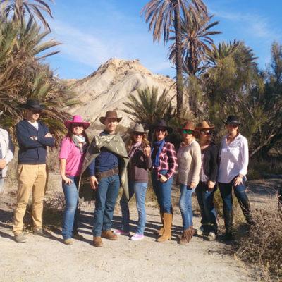 Grupo de amigos en Desierto