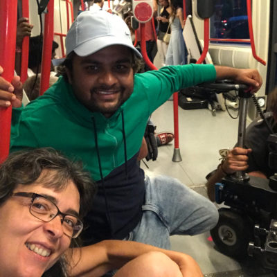 Con Narendra Nath durante el rodaje de Miss India