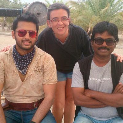 Ccon Nithiin Kumar Reddy durante el rodaje de Hearth Attack