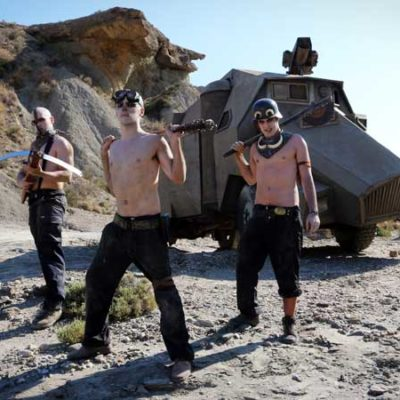 posado-war-boys-mad-max-cosplay