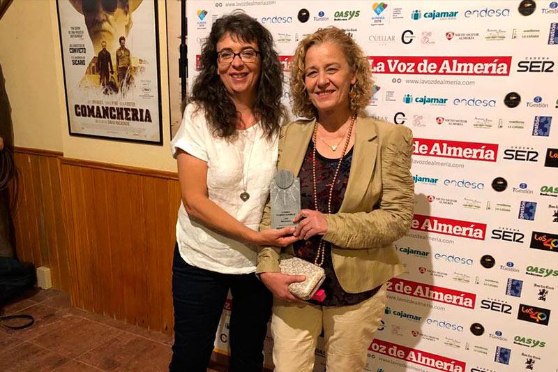 Cristina Serena y Mercedes Díaz con el Entrega de premios filabres alhamilla